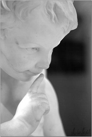 Statue im Louvre