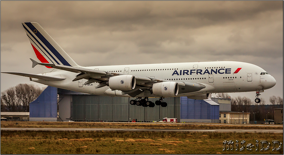 Air France - A380 in DRS