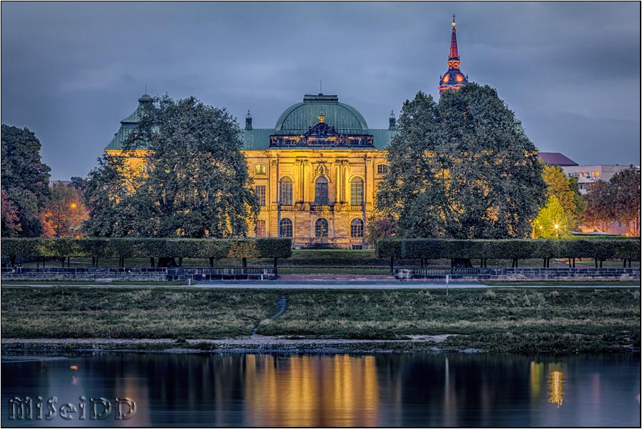 Herbst an der Elbe