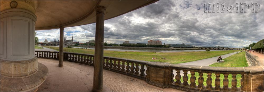 Panorama an der Elbe